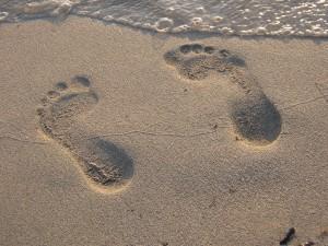 feets-in-sand-empreinte-1187300-1600x1200